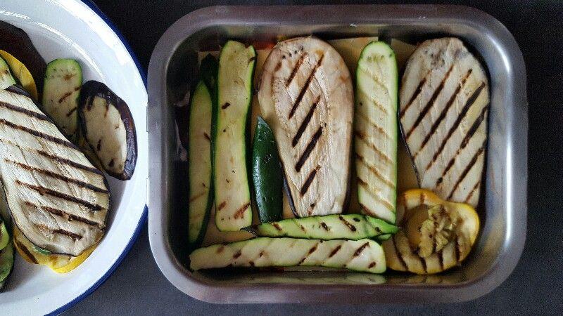 Recette lasagnes végétariennes aux légumes déposez une couche de légumes