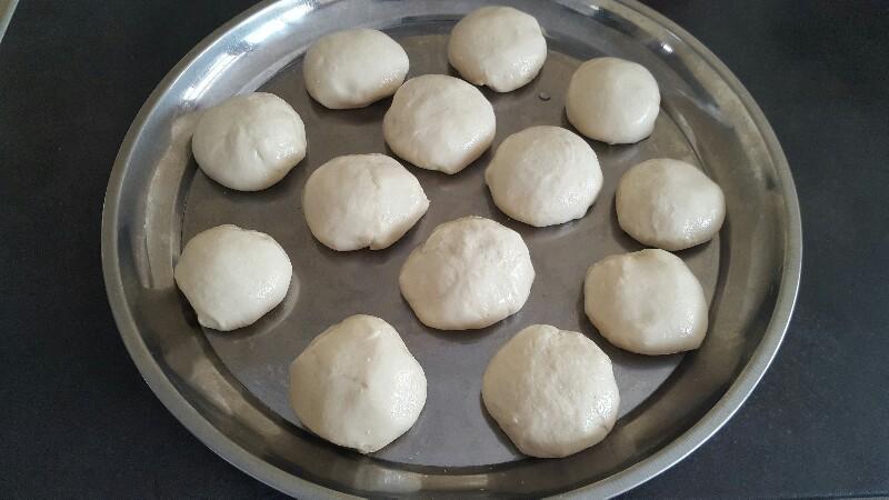 Recette msmens crêpes feuilletées marocaines formez des petites boules