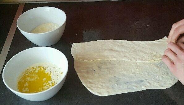 Recette msemens crêpes feuilletées marocaines repliez 1/3 de la crêpe